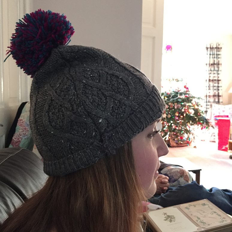 Making a Bobble Hat - Getting Crafty - This and That Blog