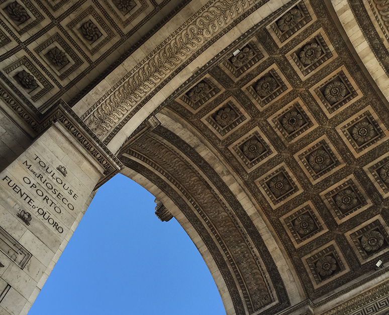 The Arc d Triomphe - Out and About - This and That Blog