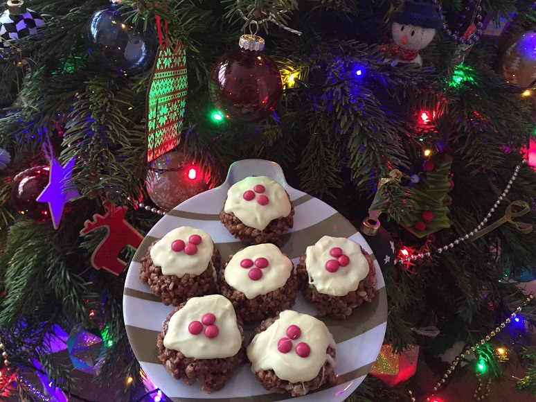 Christmas Pudding Krispies - Festive Bakes - In the Kitchen - This and That Blog